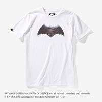 BATMAN VS SUPERMAN Tシャツ